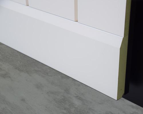 Plintenstunter - lambrisering plint mdf-v313